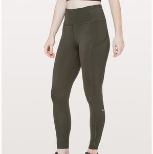 BRAND NEW lululemon fast and free 7/8 tight II